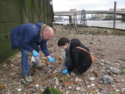 Thames Beach Field Trip with French & Mottershead and Dr Carolyn Rando - Sat 27 Feb